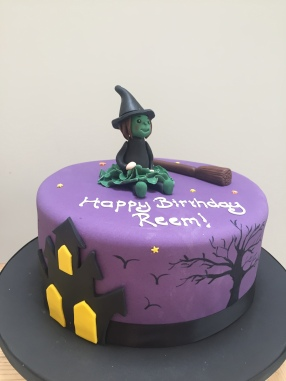 Wicked - Spooky Witch Cake